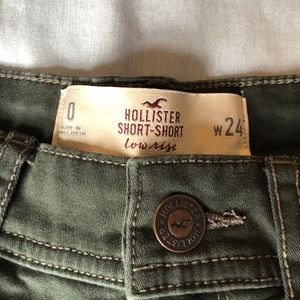 Hollister Shorts - Hollister dark olive green low rise short short